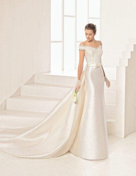 Trouwjurk Romantisch.Droom Jij Van Een Romantische Trouwjurk Covers Bruidsmode